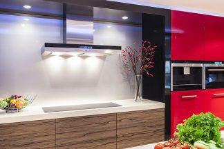 Moderne Küche mit viel Licht