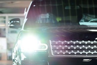 Auto Scheinwerfer mit LED Technik